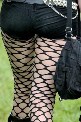 Gothic-Mode: Auch im Internet tauscht sich die Szene aus