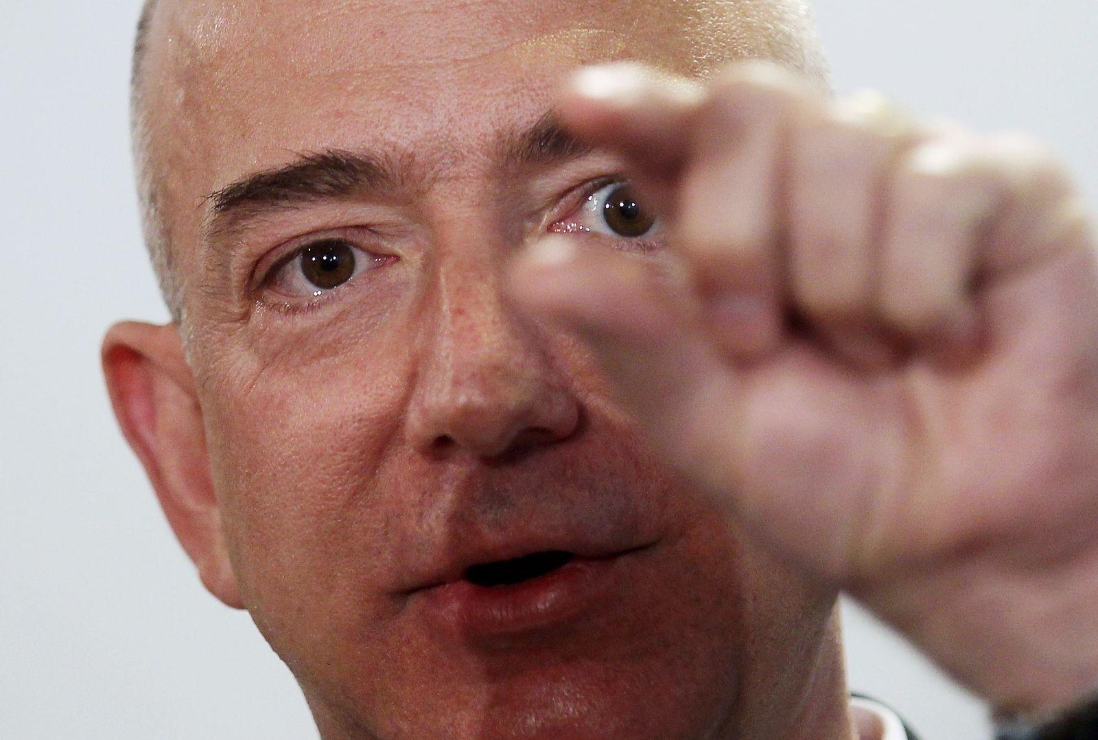 Amzon Jeff Bezos