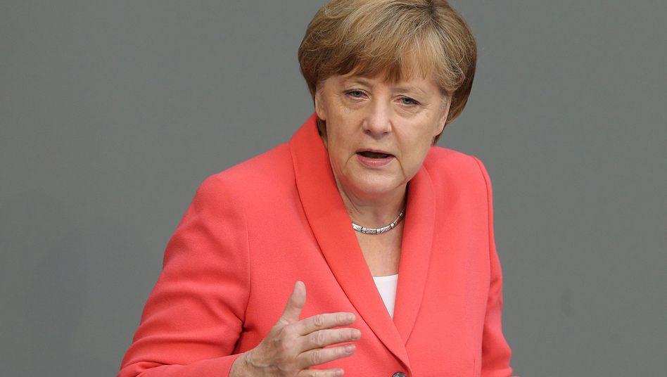 """Kanzlerin Merkel im Bundestag (Archivbild): Interne """"Prüfvorgänge"""""""