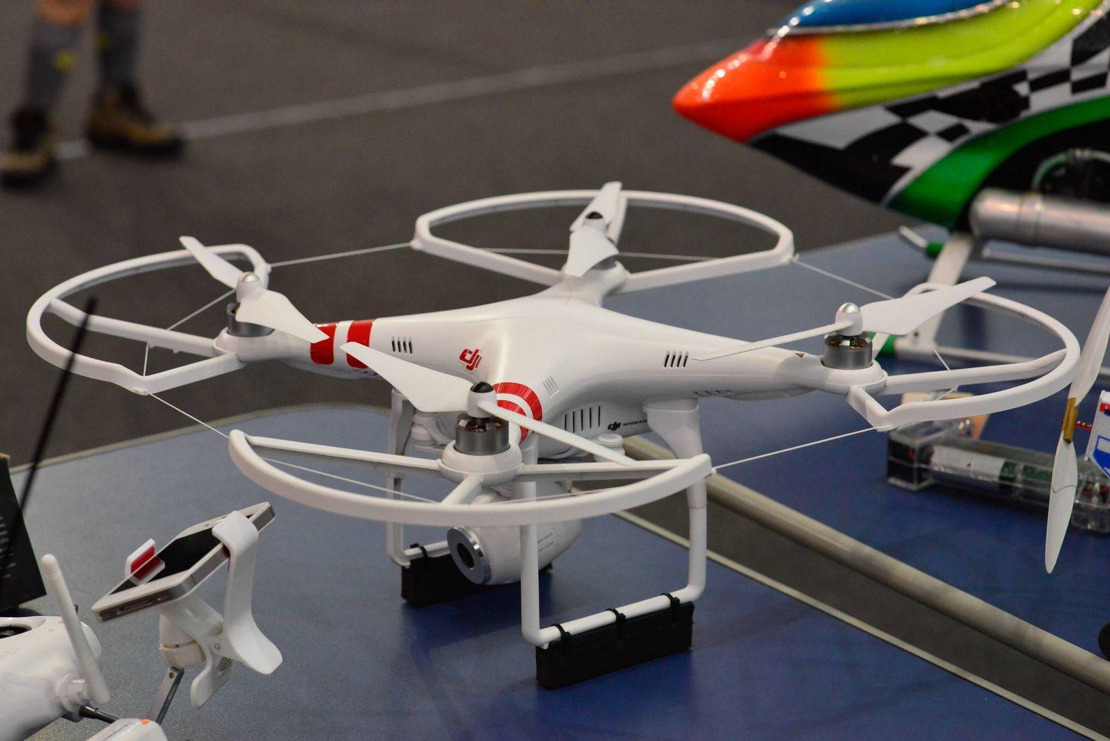 EINMALIGE VERWENDUNG Drohne DJI Phantom 1
