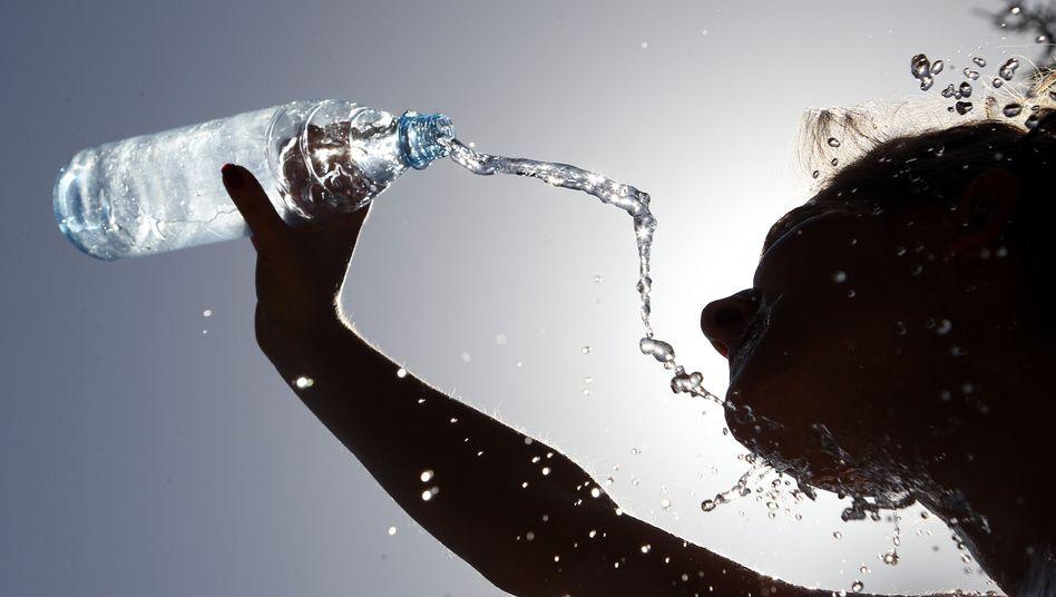 Wasser: Kartellamt erzwingt niedrigere Preise