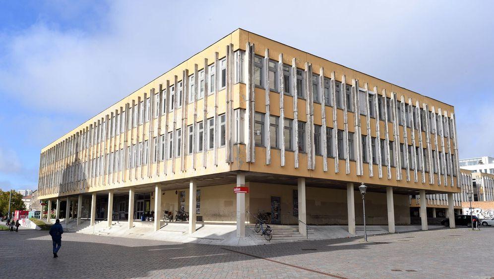 Potsdamer Mitte: DDR-Klötze gegen Preußen-Nachbauten