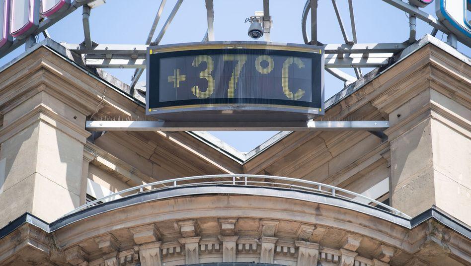 Thermometer-Display in Stuttgart (Archivfoto)