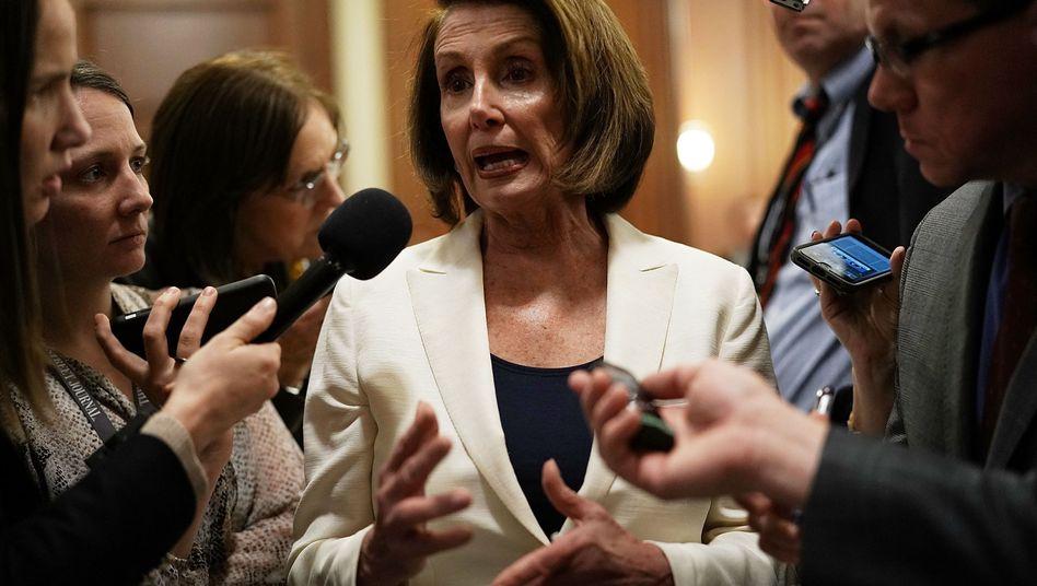 Nancy Pelosi nach ihrer Rekord-Rede