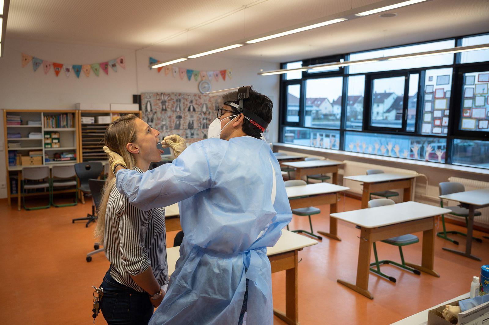 Coronavirus - Schnelltests von Lehrerinnen und Lehrer