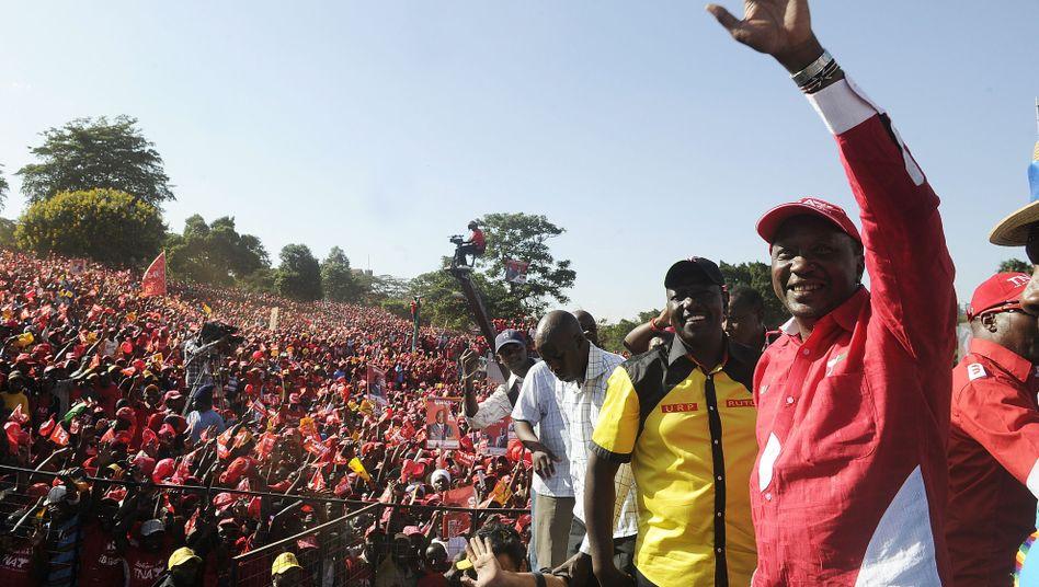 Präsidentschaftswahl: Umstrittener Kenyatta siegt in Kenia