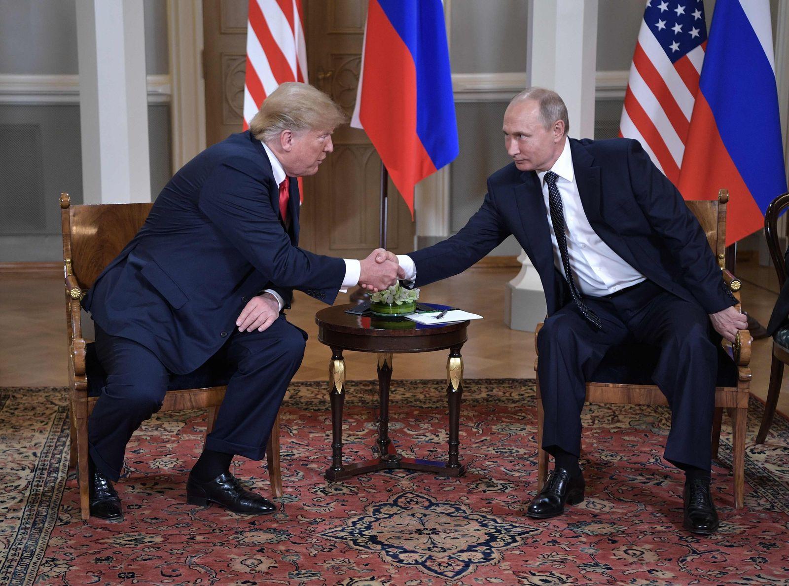 Donald Trump mit Wladimir Putin / Helsinki