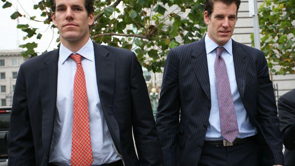 Cameron (l.) und Tyler Winklevoss (2011): Geringe Erfahrung