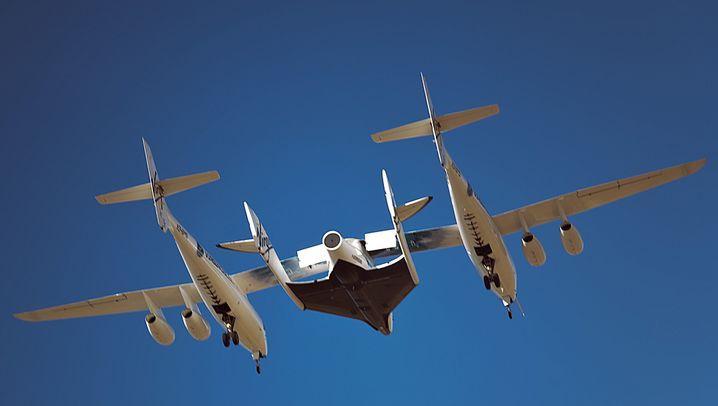 SpaceShipTwo: Premierenflug in Kalifornien