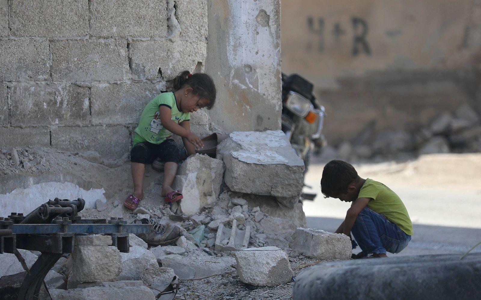 Idlib / Syrien / spielende Kinder