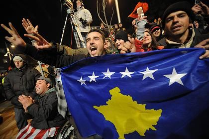 Kosovo-Albaner: Eine eigene Fahne haben sie schon, einen Staat noch nicht