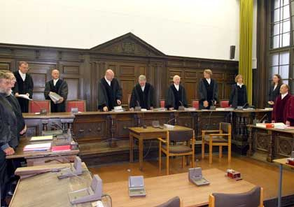 Gerichtssaal in Hamburg: Wer Richter werden will, muss dafür nicht bezahlen