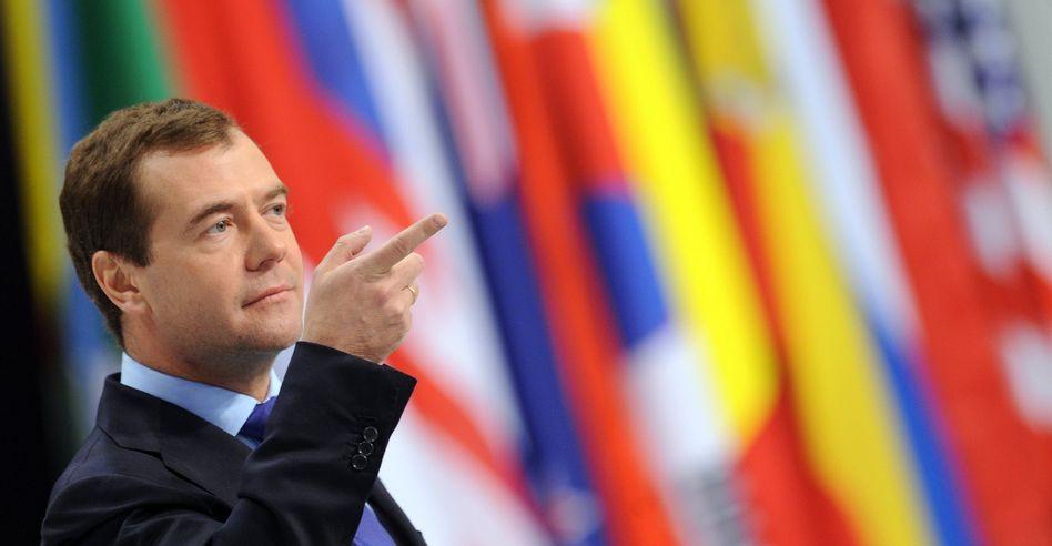 Russlands Präsident Medwedew beim Nato-Gipfel: Fingerzeig in die gemeinsame Zukunft