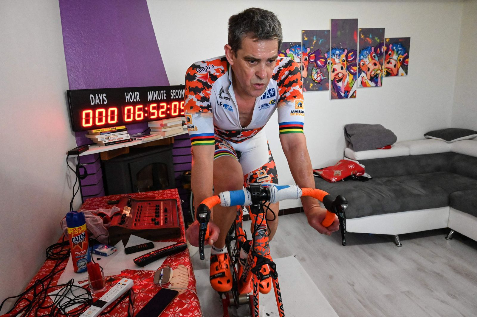 FILES-FRANCE-CYCLING-RECORD