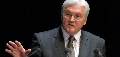 Außenminister Steinmeier: Nur ein Merkel-Berater unterstützte ihn