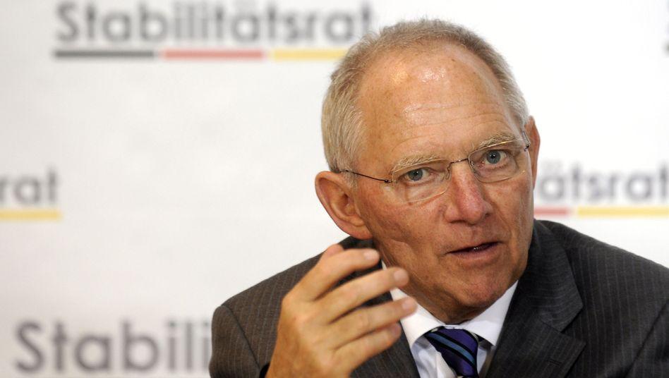 Finanzminister Wolfgang Schäuble: Entwurf auf den Weg gebracht