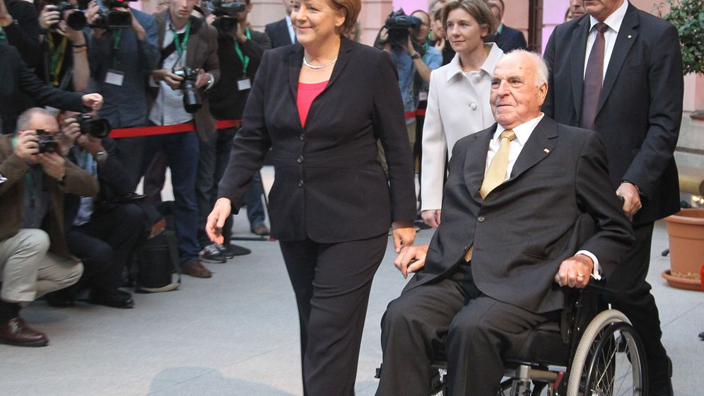 Photo Gallery: Honoring Kohl's Legacy