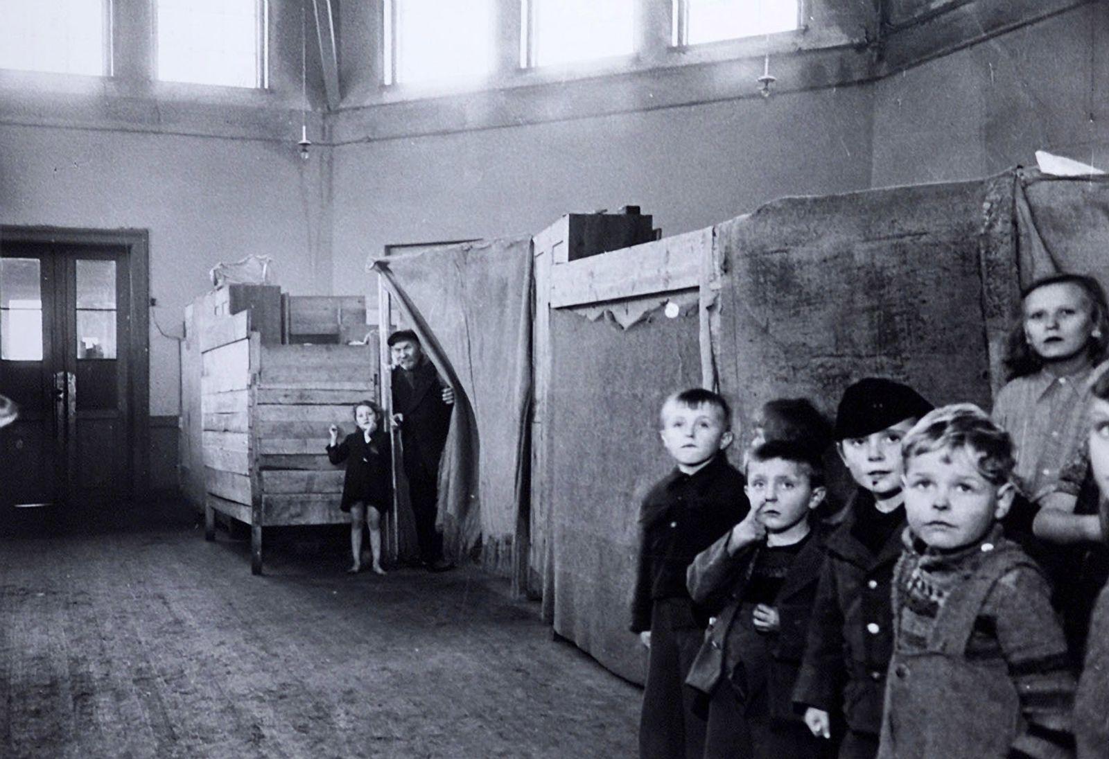 Flüchtlingszug/ 2. Weltkrieg