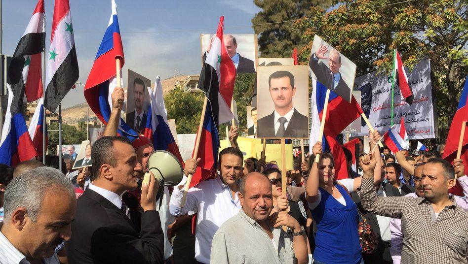 Demonstranten vor russischer Botschaft: Unterstützung für Putin