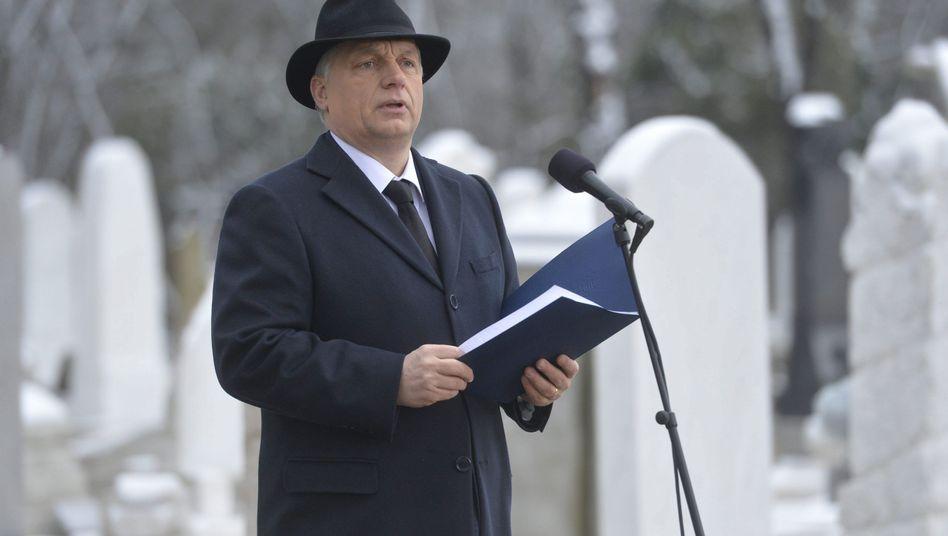 """Ungarns Regierungschef Orbán: """"Wir waren unentschlossen, als wir hätten helfen sollen"""""""