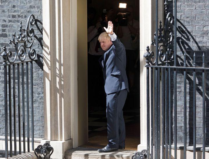 Boris Johnson: Hardliner bekommen wichtige Posten