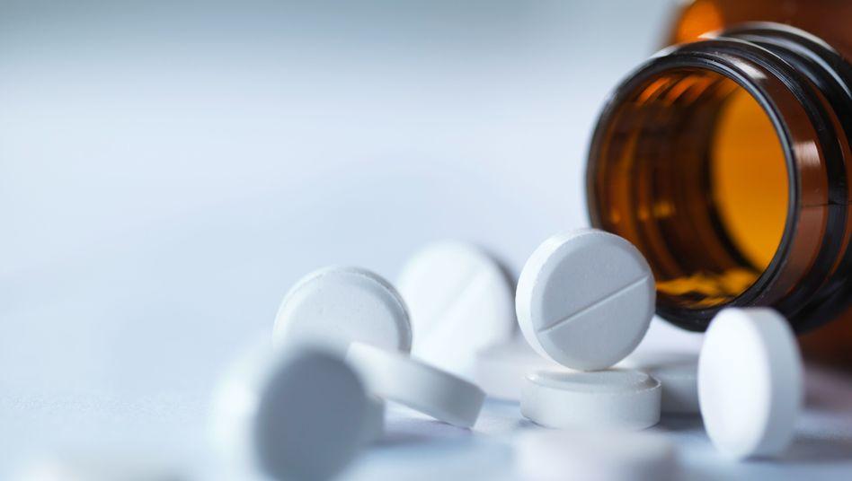 Schmerzmittel wie Aspirin: Stören die Funktion der Blutplättchen - und könnten vor manchen Krebsarten schützen
