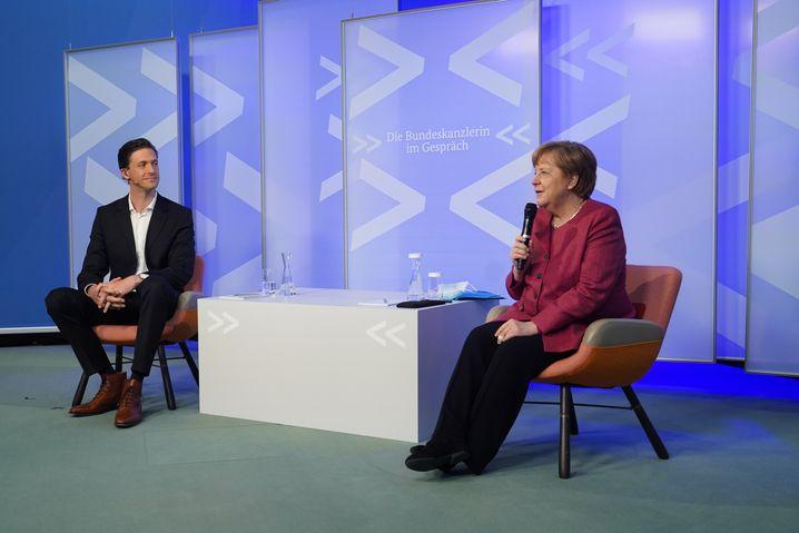 Merkel mit Moderator: Eine gewisse Empathie ist ihr nicht abzusprechen