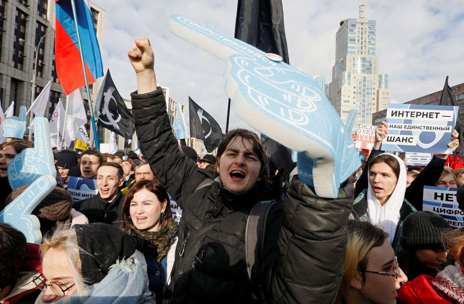 Russland/ Internet/ Protest/ Demonstration/ 2019