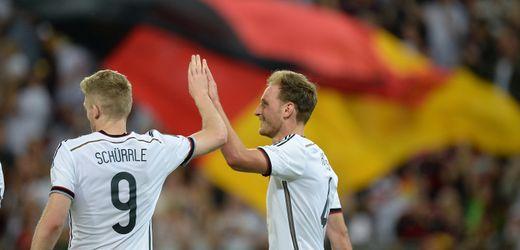 Benedikt Höwedes hört auf: Die zwei Seiten der Fußballbranche