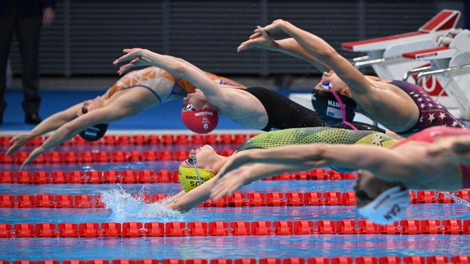 Die Australierin Kaylee McKeown stellte im Rückenschwimmen in Tokio einen olympischen Rekord auf