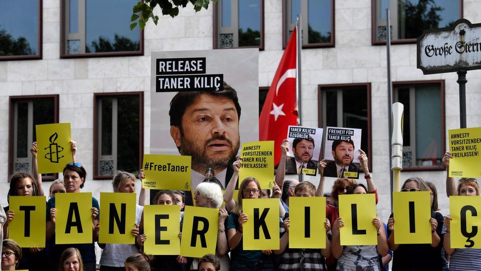 Demonstration für Taner Kilic