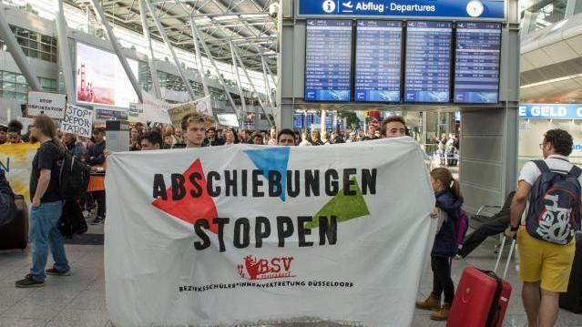 Protest gegen Abschiebeflug nach Afghanistan (Archivfoto)