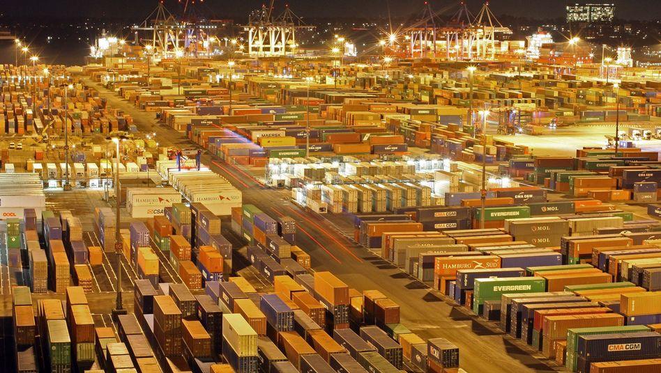 Container im Hamburger Hafen: Anfang 2011 hatte die Wirtschaft noch kräftig zugelegt