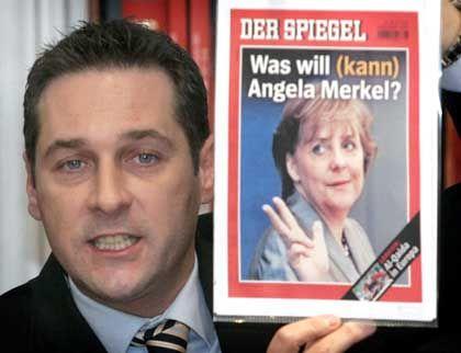"""FPÖ-Chef Strache mit Merkel auf SPIEGEL-Titel: Nur """"drei Bier bestellen""""?"""