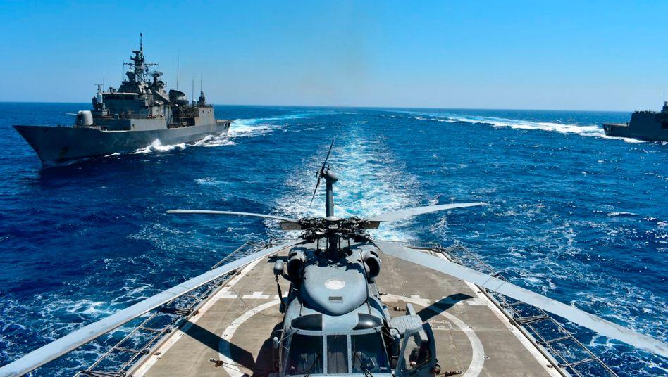 Griechisches Manöver im Mittelmeer: Streit mit der Türkei
