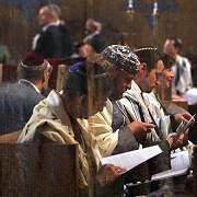 Participants at the ordination of three rabbis in Dresden's New Synagogue.