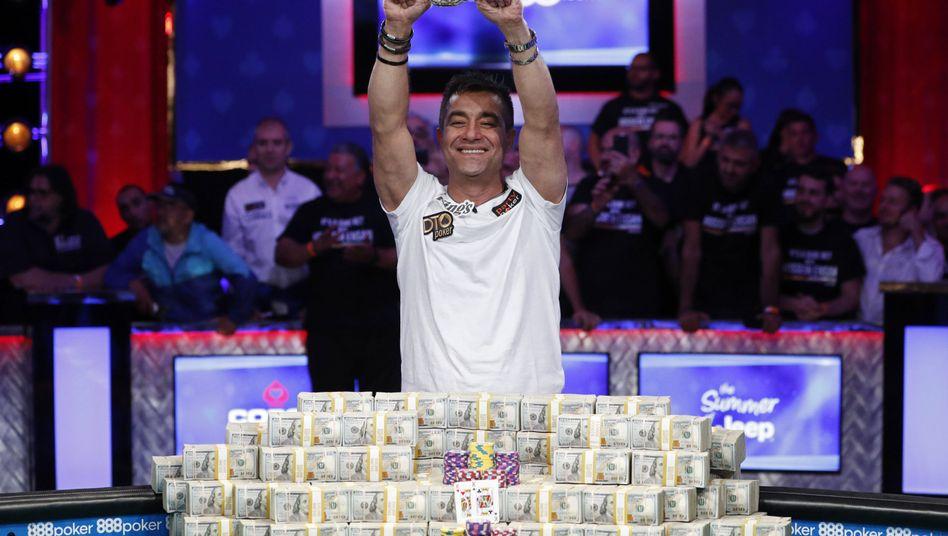 Neuer Poker-Millionär aus Deutschland: Hossein Ensan