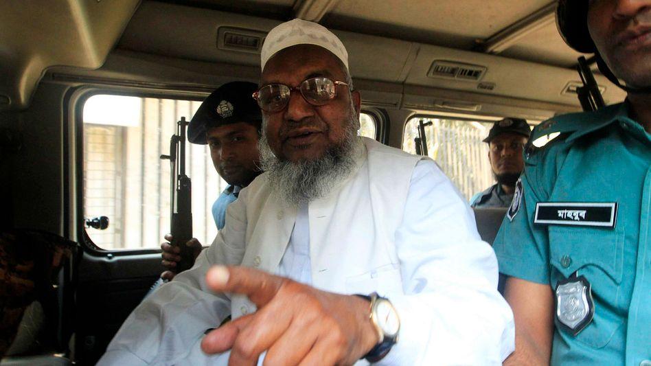 """Todesstrafe: Bangladesch henkt den """"Schlächter von Mirpur"""""""