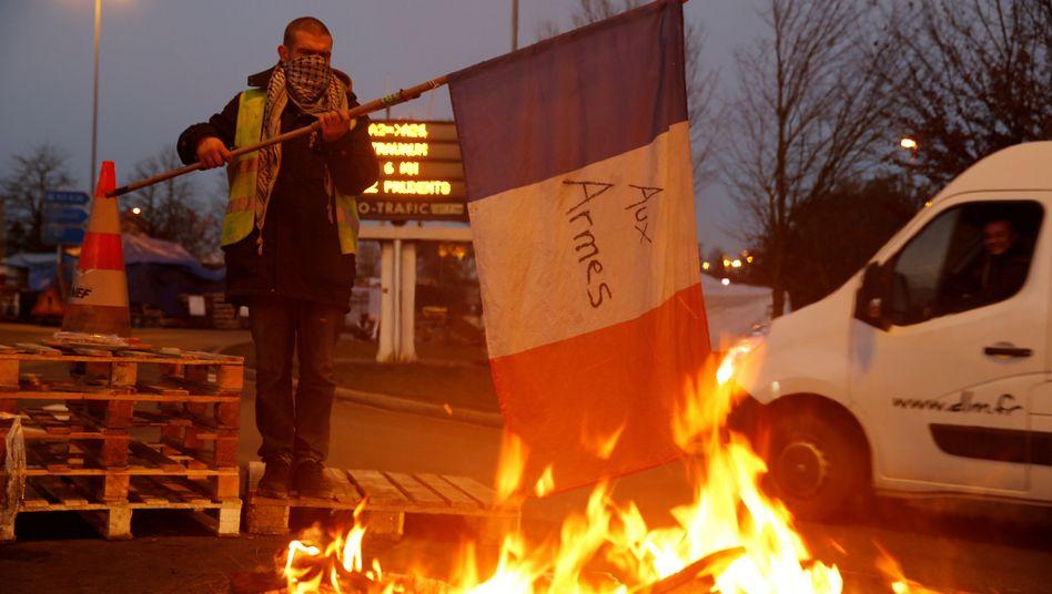 """""""Gelbwesten""""-Demonstrant: """"Zu den Waffen"""""""