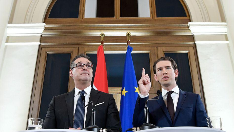 Protagonisten der ÖVP-FPÖ-Regierung: Heinz-Christian Strache (l.) und Sebastian Kurz