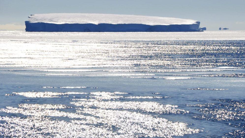 Gefahr von unten: Antarktisches Meereis