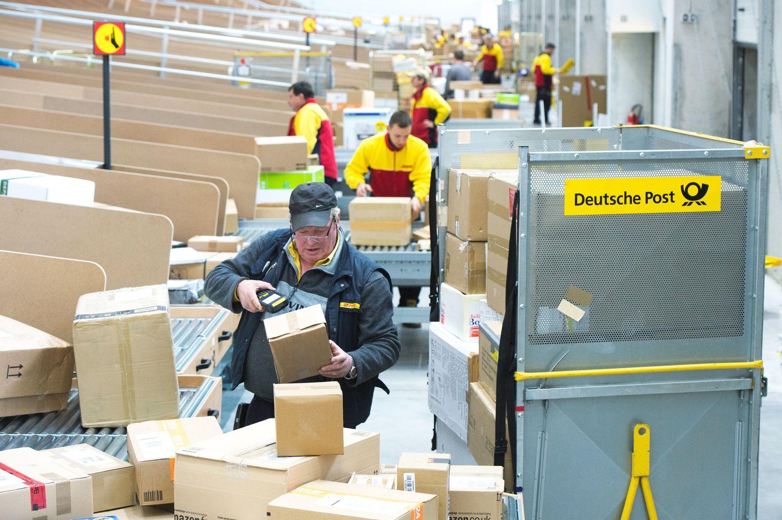 Post / DHL / Mitarbeiter