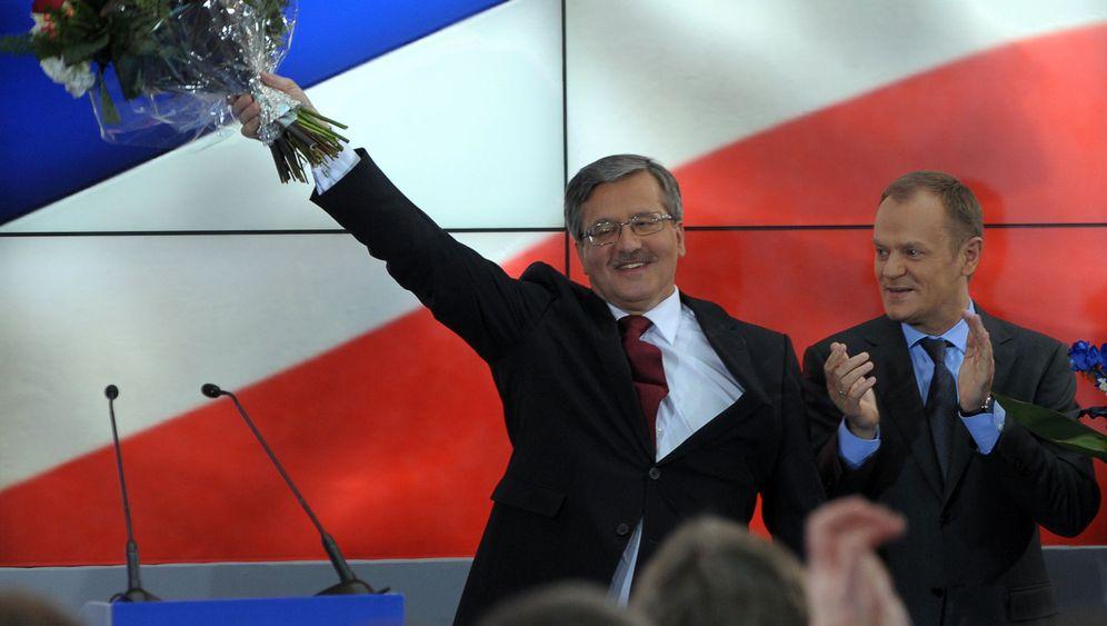 Ein Präsident für Polen: Komorowski gegen Kaczynski