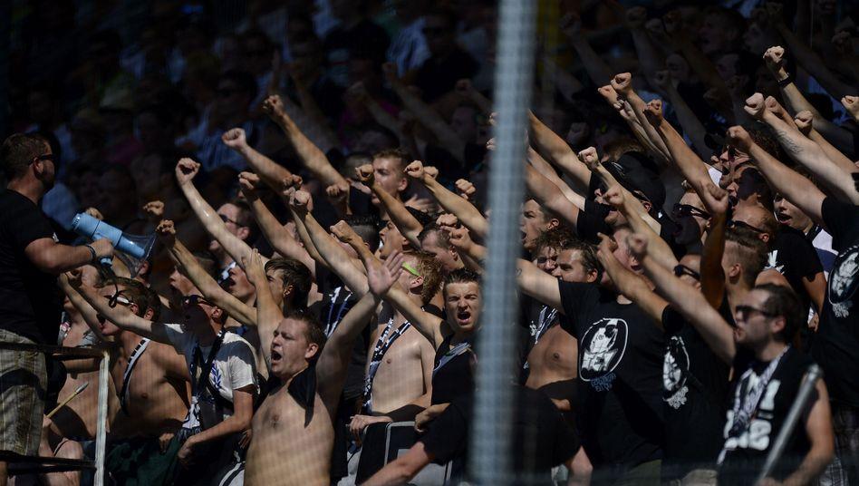 Fans des VfR Aalen: Ultras distanzieren sich von Rechtsradikalismus