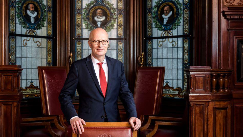 """Hamburgs SPD-Bürgermeister Tschentscher: """"Mit Olaf Scholz kann man viel Spaß haben"""""""