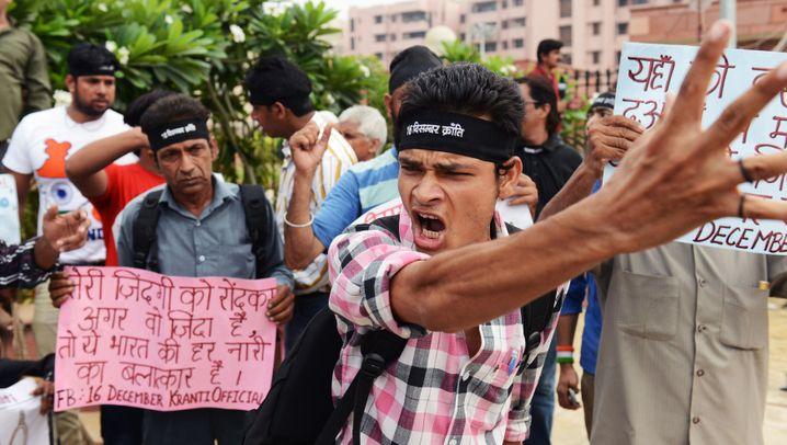 Todesstrafe für Vergewaltiger: Tumulte in Neu-Delhi