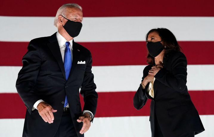Rasche Reaktion: Joe Biden und Vizekandidatin Kamala Harris