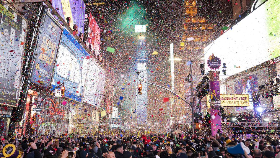 New Year in New York: Konfetti auf dem Times Square