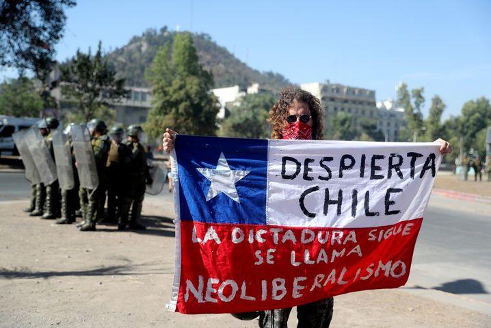 Chiles Militärpolizei ist für ihr brutales Vorgehen berüchtigt - Alexander Vergara hat es selbst erlebt