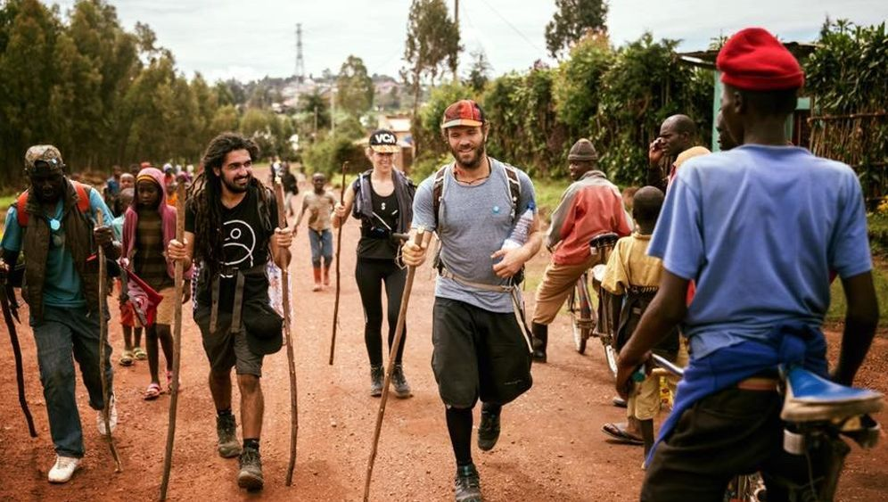 Afrika-Wanderung: 533 Kilometer zu Fuß durch Uganda und Ruanda